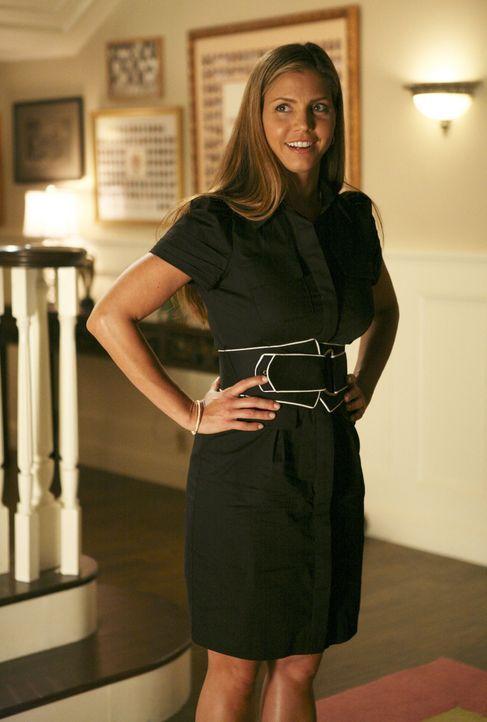Nach ihrem Spirng Break Auftritt bekommt Rebecca Ärger mit Tegan (Charisma Carpenter) ... - Bildquelle: 2008 ABC Family