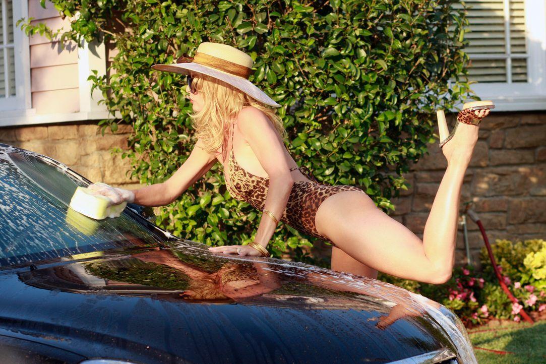 Viel Zeit ist vergangen - doch in der Wisteria Lane geht es weiter heiß her: Edie (Nicolette Sheridan) ... - Bildquelle: ABC Studios