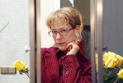 Verliebt in Berlin - Lisa (Alexandra Neldel) kann sich zwar sehr wohl von Blu...
