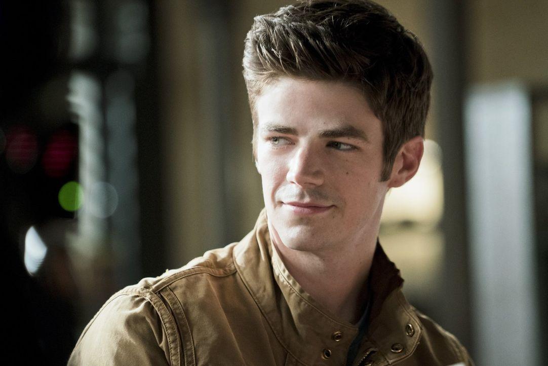 Ein erstes Date mit Hindernissen wartet auf Barry (Grant Gustin) ... - Bildquelle: 2015 Warner Brothers.