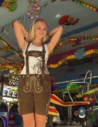 Outfit 1 ohne Dirndl