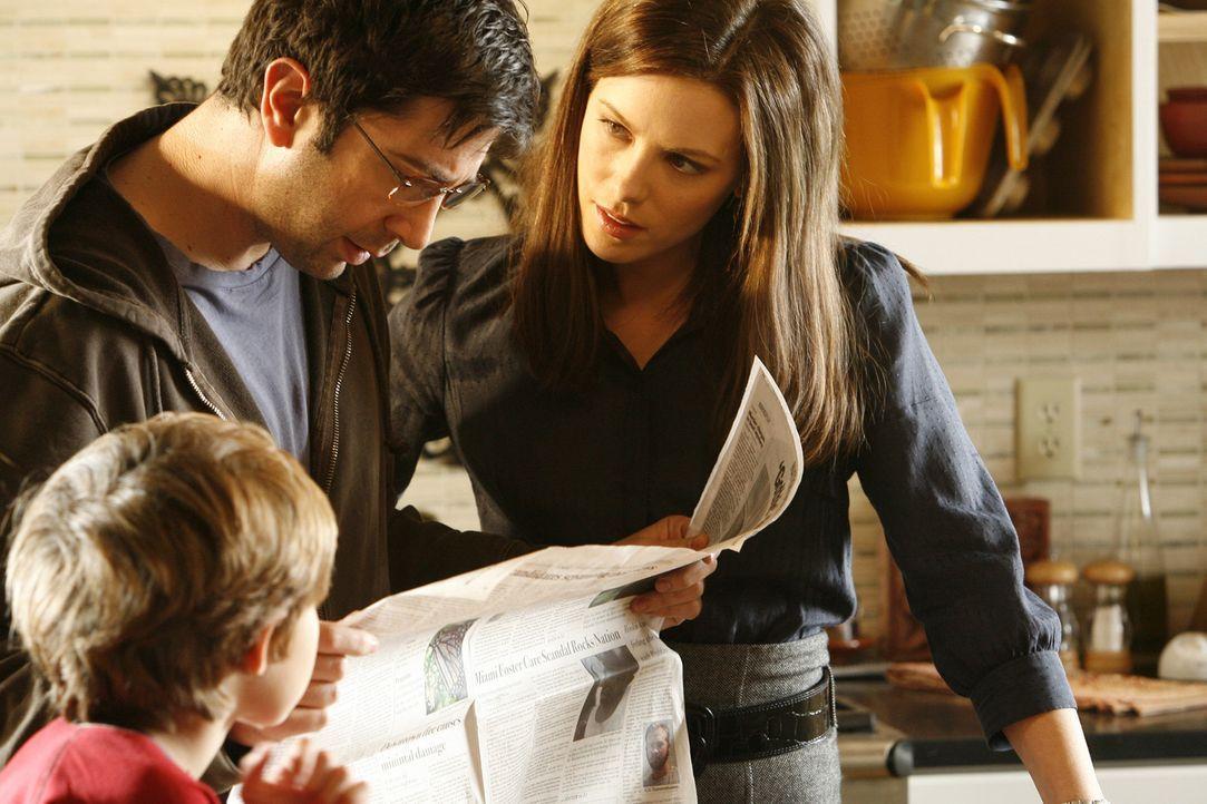 Eine harte Zeit wartet auf Rachel Armstrong (Kate Beckinsale, r.), ihren Mann Ray (David Schwimmer, M.) und ihren Sohn Timmy (Preston Bailey, l.) ... - Bildquelle: 2008 Nothing but the Truth Productions, LLC.