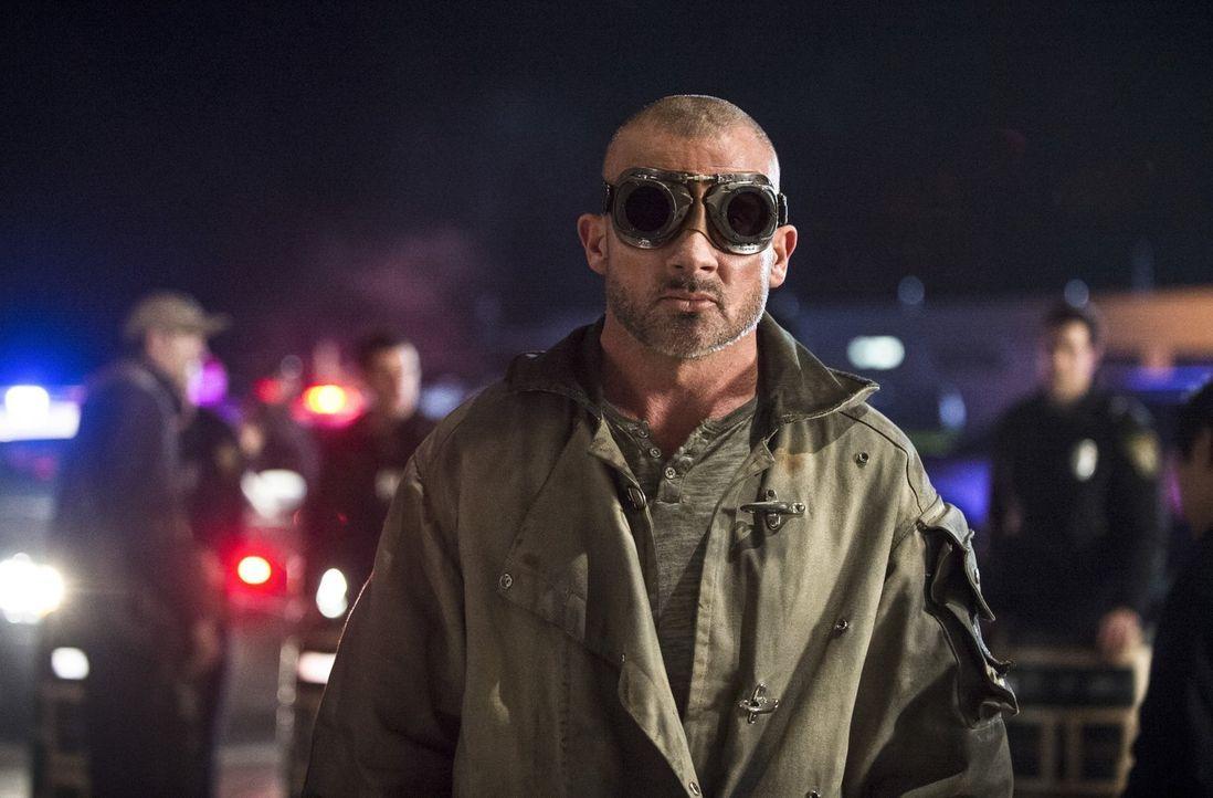 """Werden es Barry alias """"The Flash"""" und die anderen schaffen, Mick Rory alias Heat Wave (Dominic Purcell) zu stoppen, bevor Barry sein eigenes Leben l... - Bildquelle: Warner Brothers."""