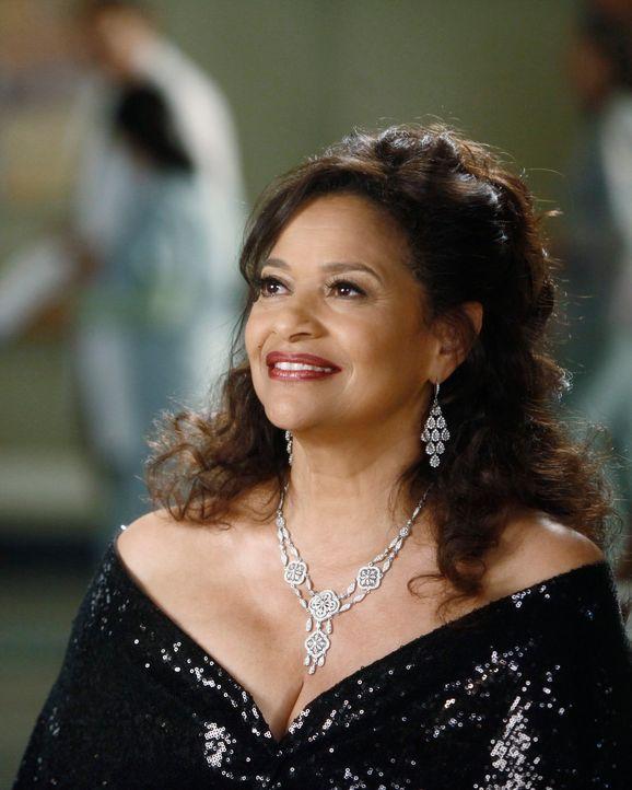 Kehrt ins Seattle Grace zurück und findet Gefallen an Richard: Jacksons Mutter Catherine (Debbie Allen) ... - Bildquelle: ABC Studios