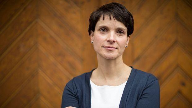 Droht Frauke Petry der Verlust ihrer Immunität?