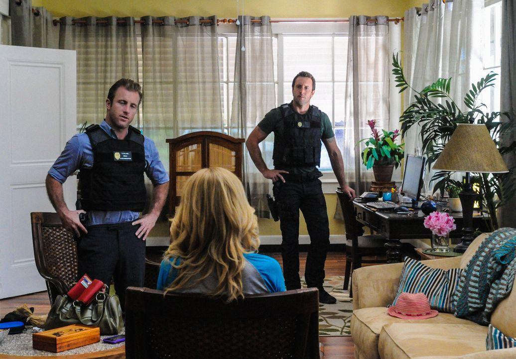 Ein neuer Mordfall beschäftigt Steve (Alex O'Loughlin, r.) und Danny (Scott Caan, l.) ... - Bildquelle: 2013 CBS Broadcasting, Inc. All Rights Reserved.