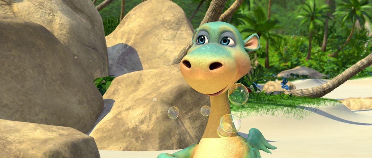 Urmel hat Geburtstag und bekommt vom Hausschwein Wutz eine gut riechende Seife geschenkt, die der gefräßige Dinosaurier auch sofort verspeist ... - Bildquelle: Constantin Film