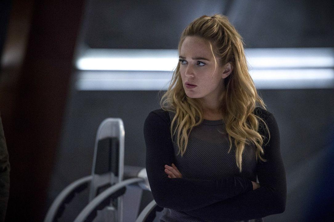 Während sich Sara alias White Canary (Caity Lotz) darum bemüht, Vandals Macht einzudämmen, trifft Snart eine möglicherweise zukunftsverändernde Ents... - Bildquelle: 2015 Warner Bros.