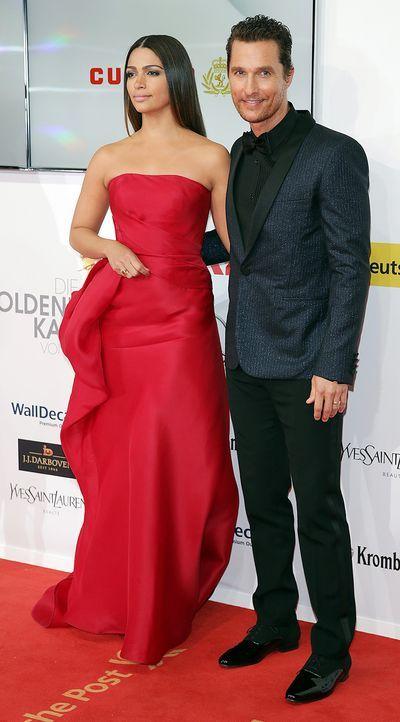 Goldene-Kamera-Matthew-McConaughey-Camila-Alves-140201-dpa - Bildquelle: dpa