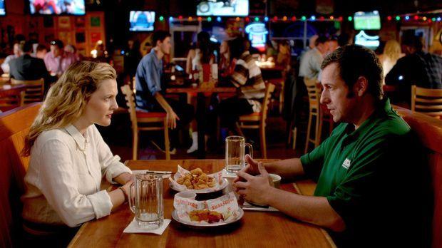 Witwer Jim (Adam Sandler, r.) und die alleinerziehende Lauren (Drew Barrymore...