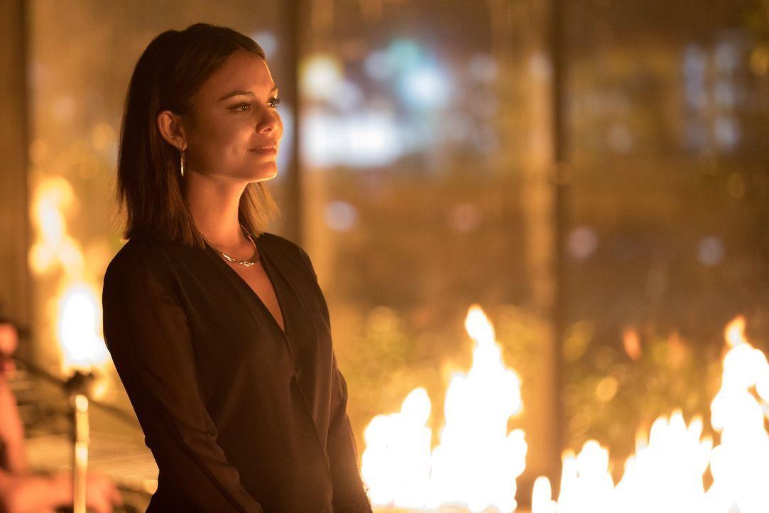 Sybil (Nathalie Kelley) und Damon fassen einen kaltblütigen Plan, in den sie auch Stefan mit hineinziehen ... - Bildquelle: Warner Bros. Entertainment, Inc.