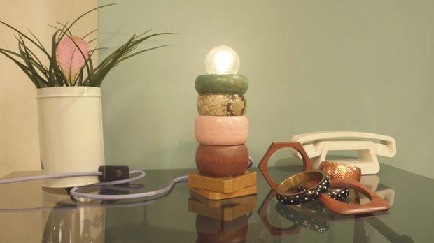 lampe aus armreifen diy anleitung aus handmade mit enie. Black Bedroom Furniture Sets. Home Design Ideas
