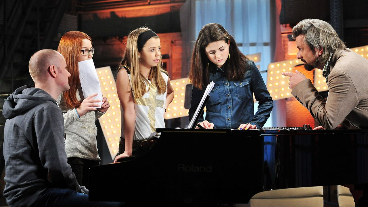 The-Voice-Kids-Stf02-Epi05-Chiara-Alex-Amina-11-SAT1-Andre-Kowalski - Bildquelle: SAT.1/Andre Kowalski