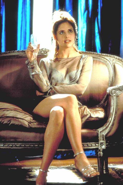 Kathryn (Sarah Michelle Gellar) schlägt ihrem Bruder eine überaus unmoralische Wette vor ... - Bildquelle: Kinowelt Filmverleih GmbH 1998