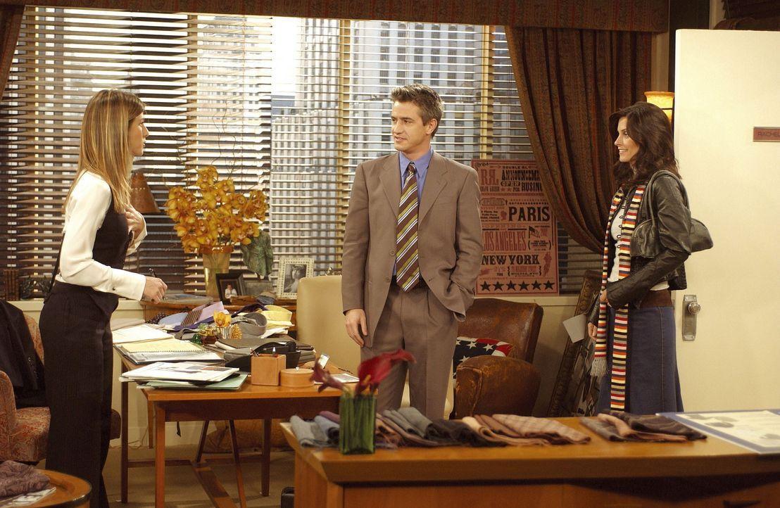 Als Monica (Courteney Cox, r.) den Verdacht hegt, dass Gavin (Dermot Mulroney, M.) in Rachel (Jennifer Aniston, l.) verliebt sei, kann diese es nich... - Bildquelle: TM+  2000 WARNER BROS.