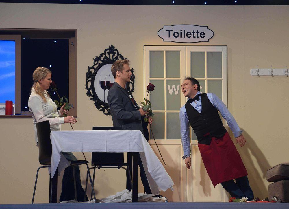 """Wie werden sie das Spiel """"Rutschpartie"""" meistern? (v.l.n.r.) Mirja Boes, Oliver Pocher und Alexis Kara ... - Bildquelle: Willi Weber SAT.1"""