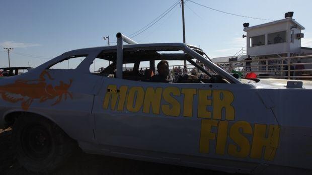 Dr. Zeb Hogan macht sich auf, herauszufinden, ob es die legendären Monster-We...