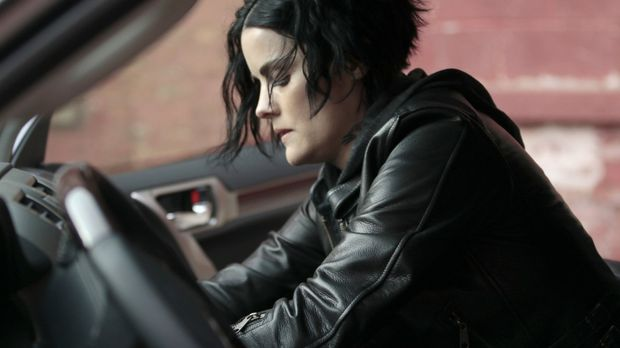 Blindspot - Nachdem Oscar damit drohte, Weller zu ermorden, bleibt Jane (Jaim...