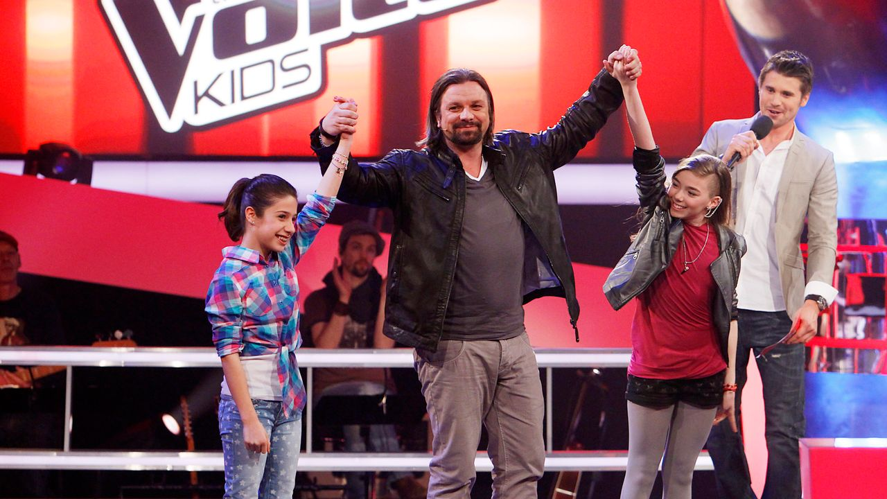 The-Voice-Kids-epi05-StephanieMichele-3-SAT1-Richard-Huebner - Bildquelle: SAT.1/Richard Hübner