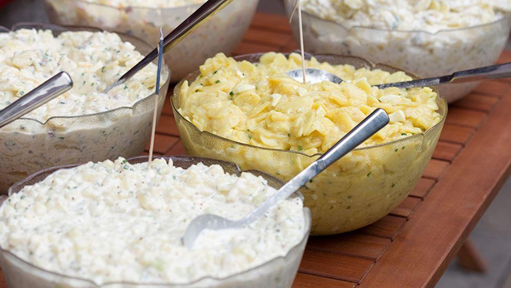 Kartoffelsalat mit Joghurt-Mayo Dressing  - Bildquelle: Verwendung weltweit, usage worldwide