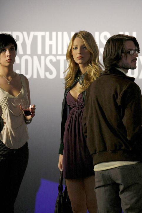 Ist schockiert, als sie Aaron mit einer anderen abziehen sieht: Serena (Blake Lively) ... - Bildquelle: Warner Brothers