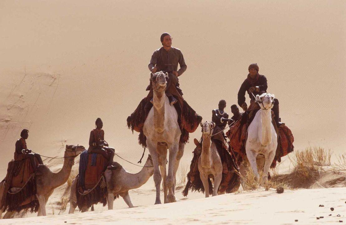 Um sich zu rehabilitieren, begibt sich Harry (Heath Ledger, M.) auf eine Wüstenreise mit ungewissen Ausgang ... - Bildquelle: Jaap Buitendijk Concorde Filmverleih. All rights reserved.
