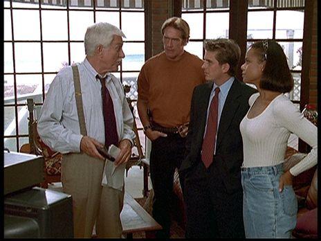 Diagnose: Mord - (v.l.n.r.) Mark (Dick Van Dyke), Steve (Barry Van Dyke), Jes...