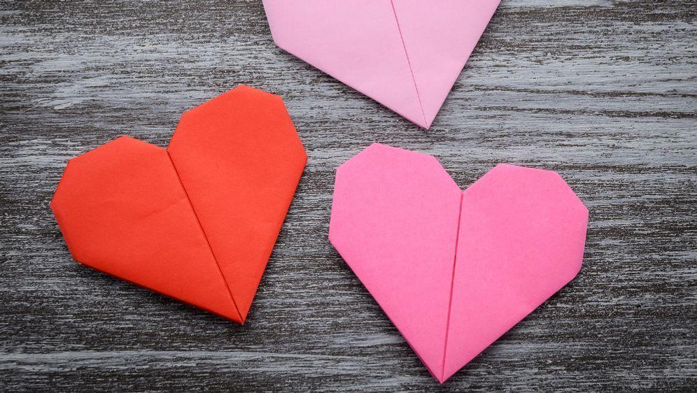 Valentinstag Herz Zum Tag Der Liebe Basteln Sat 1