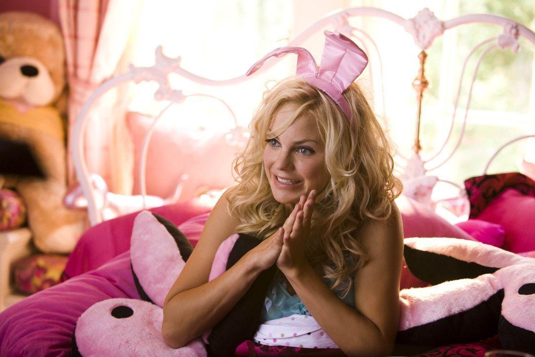 Playmate Bunny Shelley (Anna Faris) lebt ein sorgenloses Leben, bis man sie aus der Playboy-Mansion wirft. Das Schicksal führt das heimatlose Ex-Bu... - Bildquelle: 2007 Columbia Pictures Industries, Inc.  All Rights Reserved.