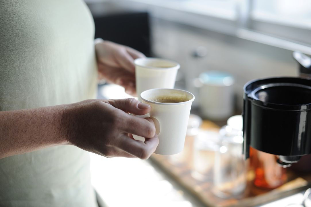 2. KoffeinIn geringen Mengen soll Kaffee sogar gut gegen Kopfschmerzen helfe...
