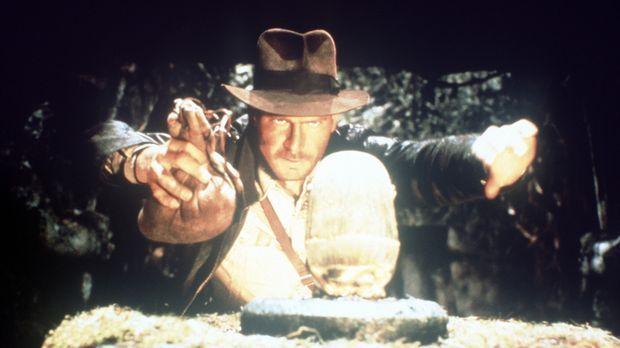 Bevor die Nazis zuschlagen, gelingt es dem Archäologieprofessor Indiana Jones...