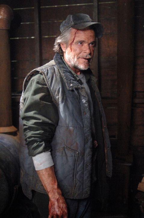 Was hat Jonah (Winston Rekert) mit Molly vor? - Bildquelle: Warner Bros. Television
