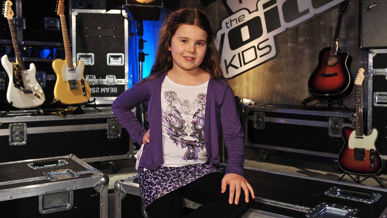 The-Voice-Kids-Stf02-Epi05-Larissa-6-SAT1-Andre-Kowalski - Bildquelle: SAT.1/Andre Kowalski