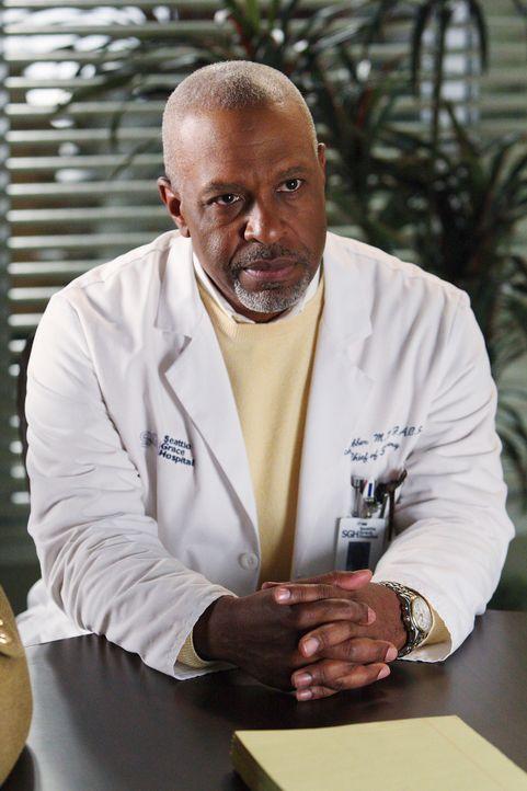 Merkt, dass etwas mit Izzie nicht stimmt und macht sich deshalb große Sorgen um sie: Dr. Webber (James Pickens, Jr.) ... - Bildquelle: Touchstone Television