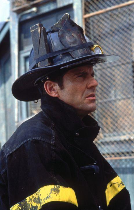 Als der Feuerwehrmann Frank Sullivan (Dennis Quaid) zu einem lebensgefährlichen Einsatz gerufen wird, erinnert er sich der Worte seines Sohnes ... - Bildquelle: New Line Cinema