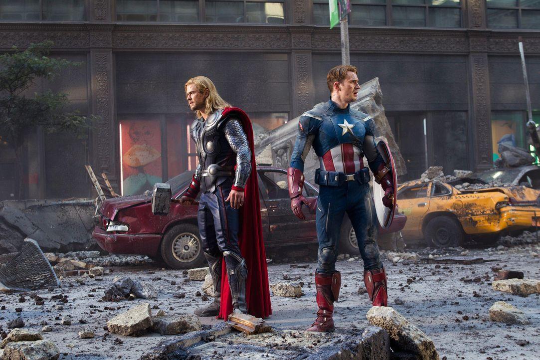 the-avengers-extra-045-2011-mvlffllc-tm-2011-marveljpg 2000 x 1333 - Bildquelle: 2011 MVLFFLLC TM & 2011 Marvel