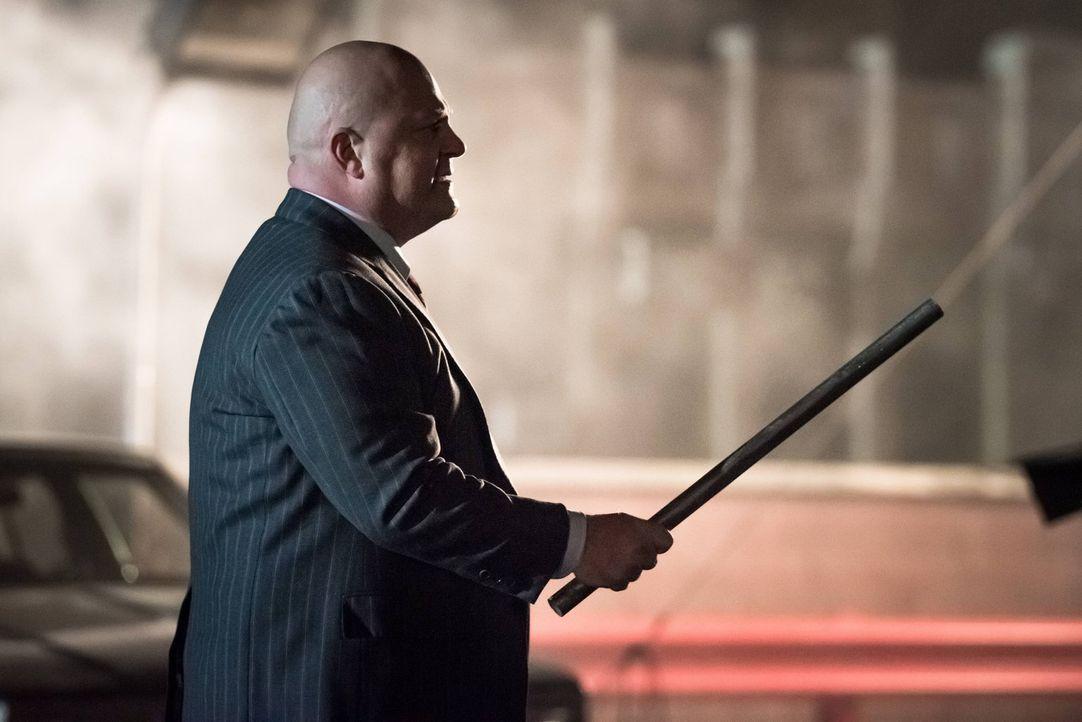 Im Kampf gegen das Böse: Nathaniel Barnes (Michael Chiklis) ... - Bildquelle: Warner Brothers