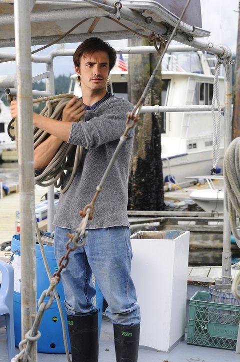 Jimmy (C.J. Thomason) ist ein alter Freund von Henry und Abby. Er freut sich, nach vielen Jahren seine Jugendliebe Abby wiederzusehen ... - Bildquelle: 2009 CBS Studios Inc. All Rights Reserved.