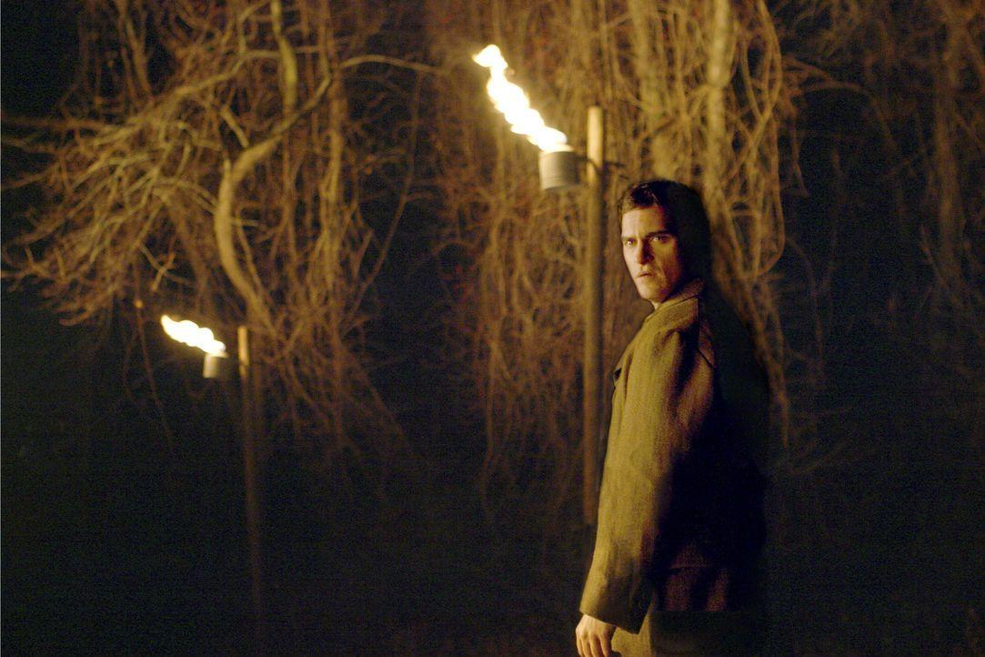 Nachdem der neugierige und rebellische Lucius Hunt (Joaquin Phoenix) die Dorfgrenzen überschritten hat, ist der Waffenstillstand zwischen dem Dorf u... - Bildquelle: Touchstone Television