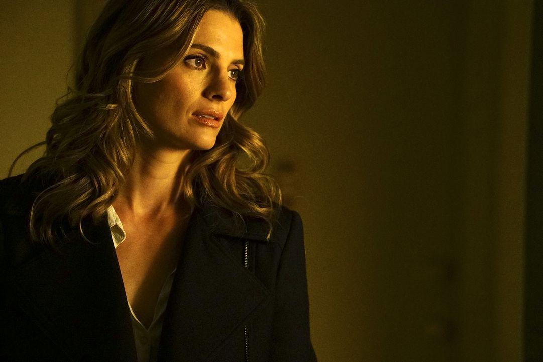 Macht sich Sorgen um ihren Mann, der in ernster Gefahr scheint: Kate (Stana Katic) ... - Bildquelle: Richard Cartwright ABC Studios