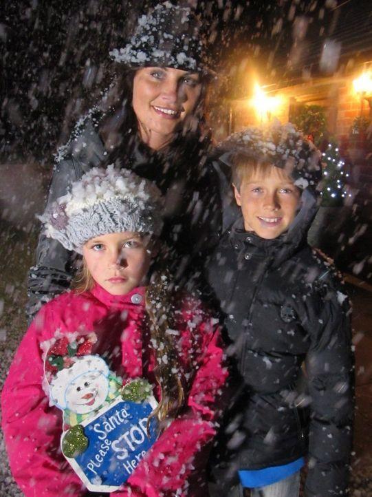 Nadine Ferguson und ihre Kinder hoffen auf einen Sieg ... - Bildquelle: ITV plc (ITV Global Entertainment Ltd)