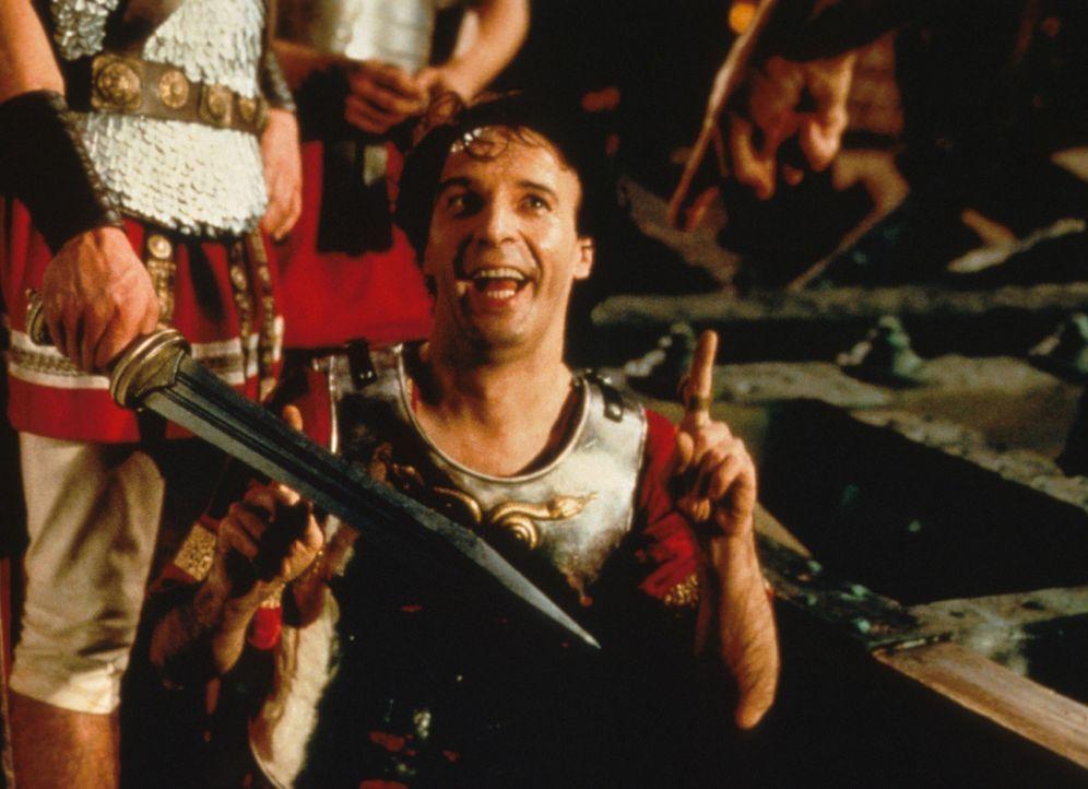 Von Caesar unter Druck gesetzt, heckt Tullius Destructivus (Roberto Benigni) einen hinterhältigen Plan aus ... - Bildquelle: Constantin Film
