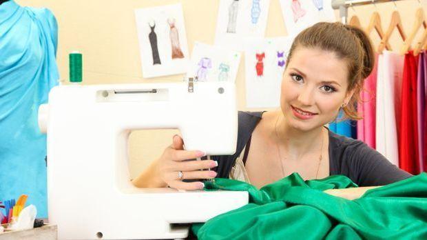 Mit unseren Tipps könnt ihr euch ganz einfach Kleider selber nähen!