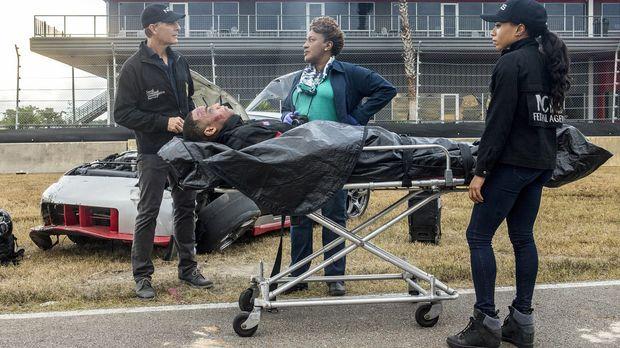 Crash mit fatalen Folgen: Pride (Scott Bakula, l.), Dr. Wade (CCH Pounder, M....