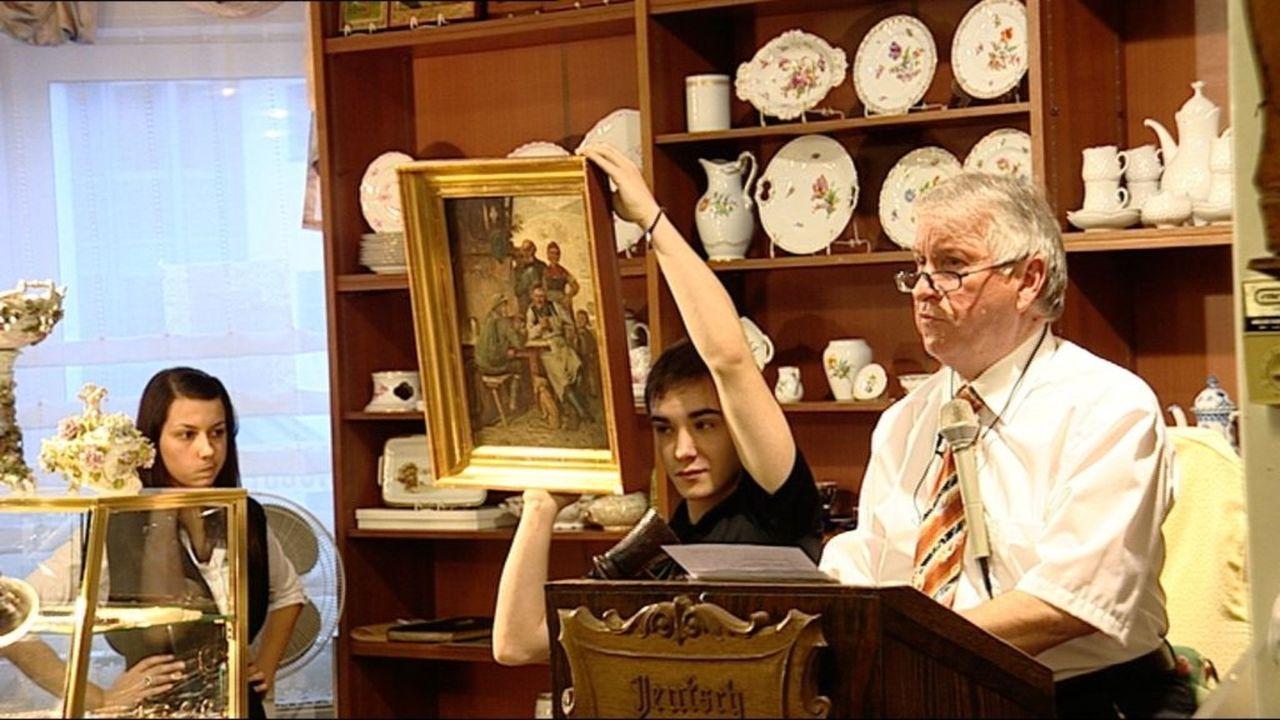 Ob Restpostenhändler, Ramschkönig oder Auktionator - in Zeiten der Wirtschaftskrise verdienen sie sich eine goldene Nase ... - Bildquelle: SAT.1