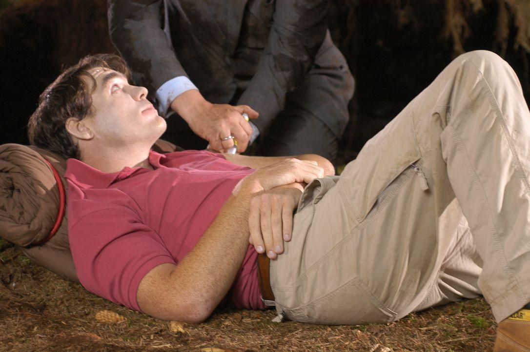 Nur noch zwei Wochen sind es, bis Polizist Mark (Stewart Wright) die hübsche Julie Mitchell heiraten will und er hat noch immer keinen Trauzeugen. D... - Bildquelle: BUFFALO PICTURES/ITV