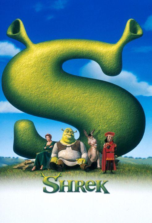 Märchenhaftes Abenteuer: Shrek (2.v.l.) und der sprechende Esel (2.v.r.) sollen im Auftrag des eingebildeten Lord Farquaad (r.) die hübsche Prinze... - Bildquelle: TM &   2001 DreamWorks L.L.C.