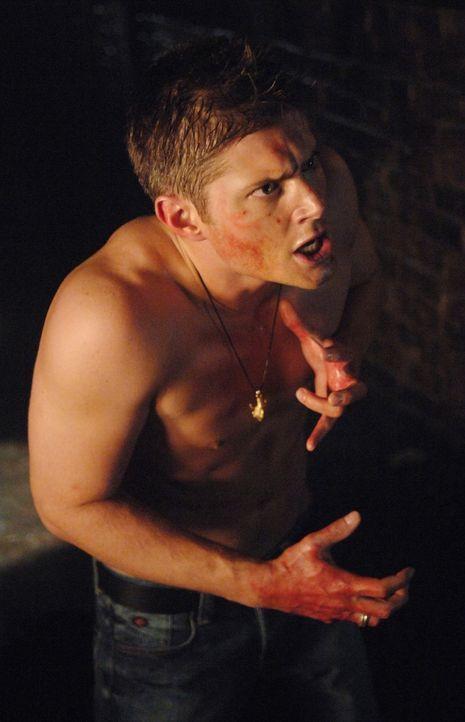 Für Sam ist es nicht ersichtlich, mit wem er es zu tun hat - Mit Dean (Jensen Ackles) oder dem Formwandler? - Bildquelle: Warner Bros. Television
