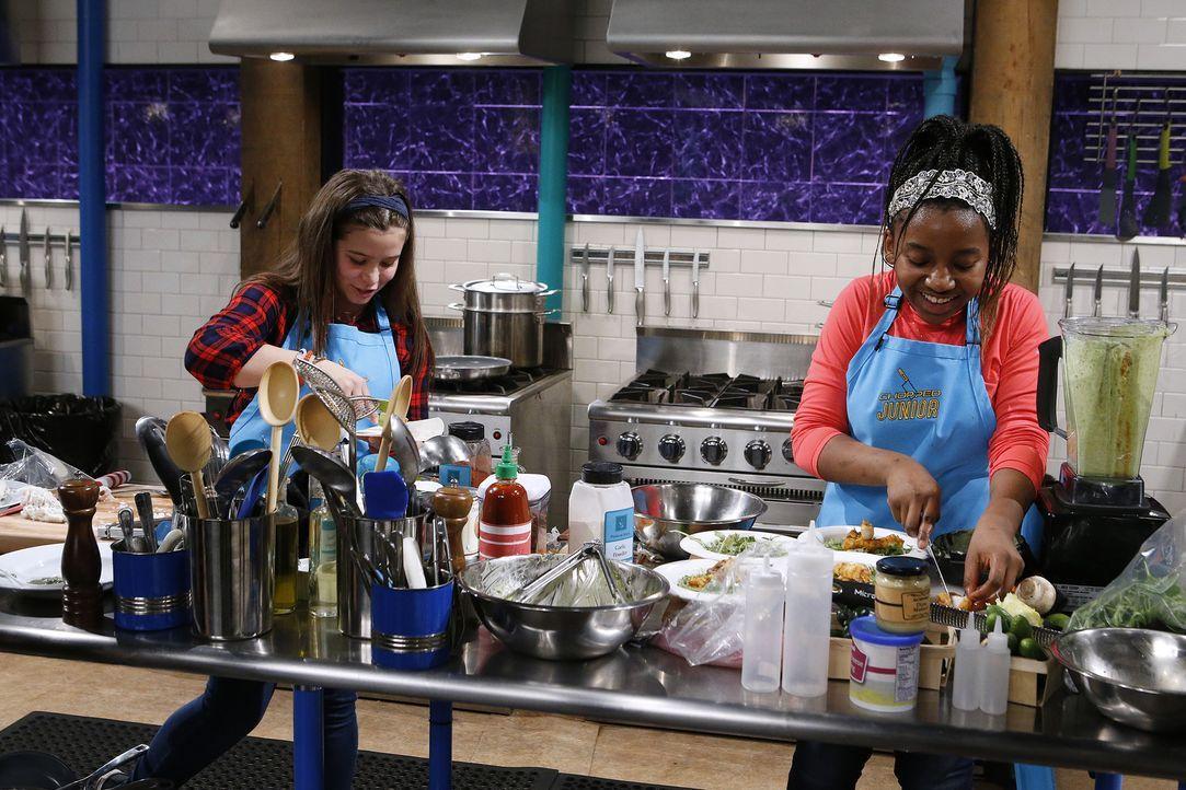 Elch-Filet und Oliven-Schokolade - Bildquelle: Jason DeCrow 2016, Television Food Network, G.P. All Rights Reserved/Jason DeCrow