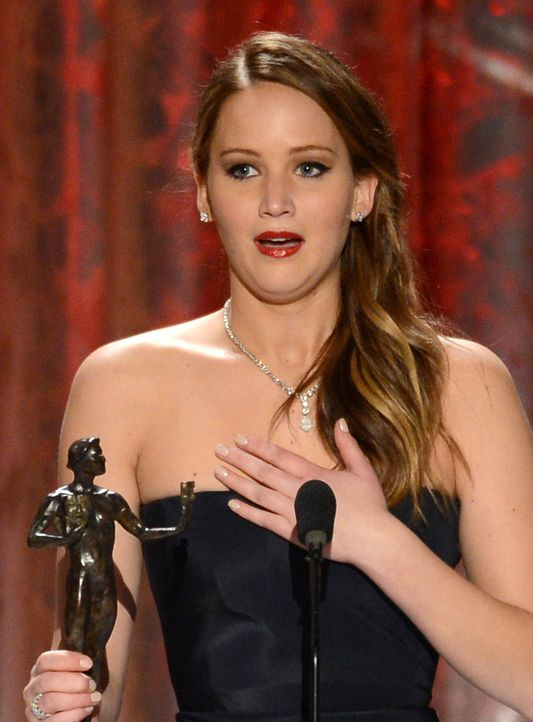 08-jennifer-lawrence-13-01-27-mark-davis-getty-images-afpjpg 1254 x 1700 - Bildquelle: Mark Davis/Getty Images/AFP